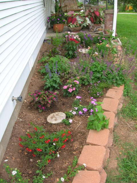 Planting Around House Foundations : Flowerbeds that we plant around the house each year ideas for you